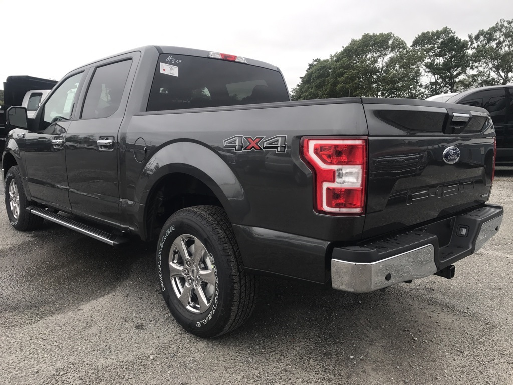 2018 F-150 Crew Cab 4x4 Pickup #18019 - photo 2