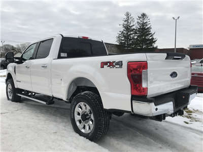 2018 F-350 Crew Cab 4x4, Pickup #18201 - photo 2
