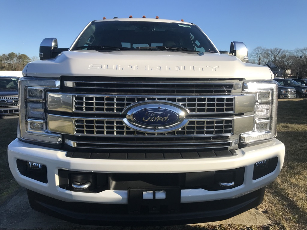 2018 F-350 Crew Cab DRW 4x4, Pickup #18244 - photo 3