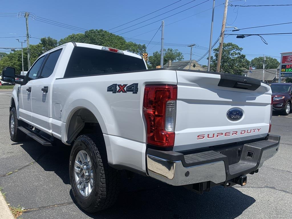 2018 F-250 Crew Cab 4x4, Pickup #18282 - photo 5