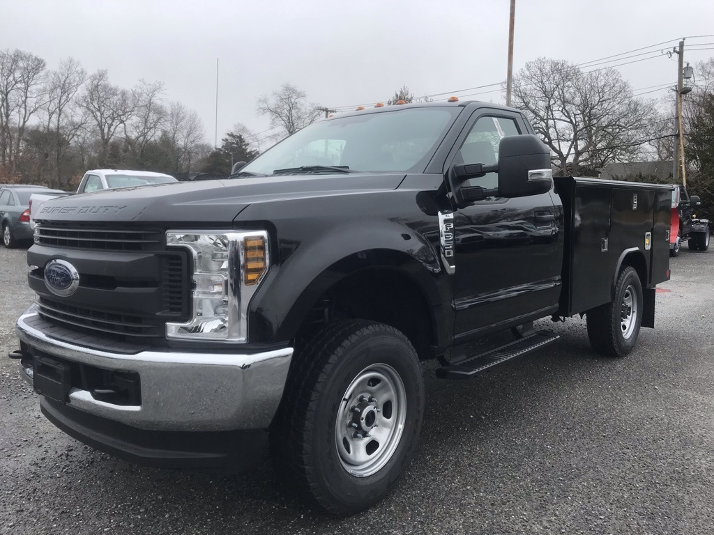 2018 F-350 Regular Cab 4x4,  Cab Chassis #18568 - photo 4