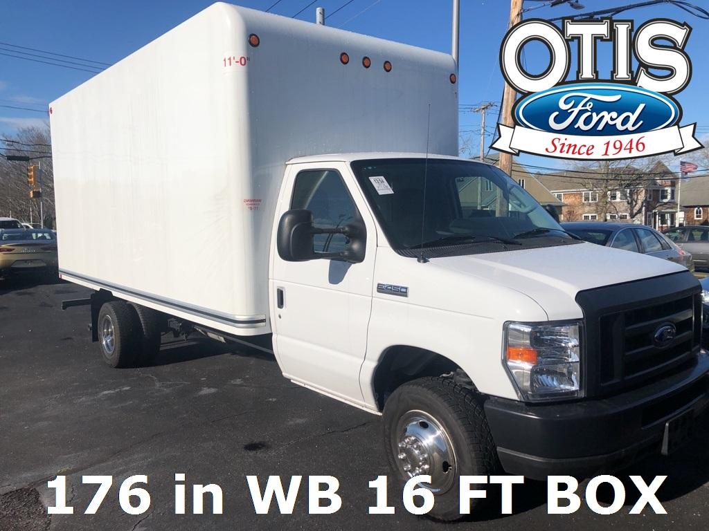 2019 Ford E-450 4x2, Cutaway #31734 - photo 1