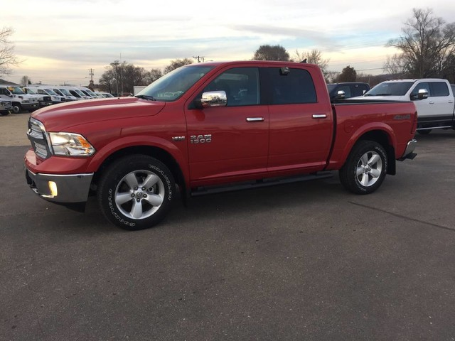 2018 Ram 1500 Crew Cab 4x4 Pickup #0544 - photo 3