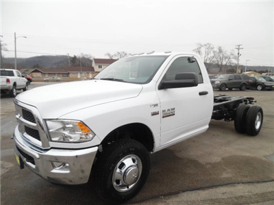 2018 Ram 3500 Regular Cab DRW, Cab Chassis #1876 - photo 7