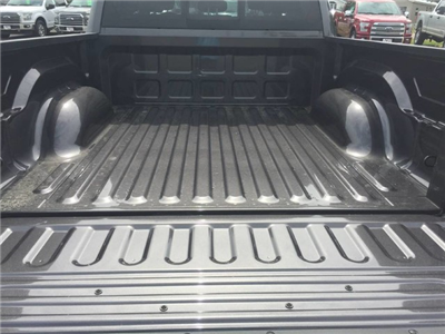 2017 Ram 1500 Crew Cab 4x4 Pickup #4083 - photo 25