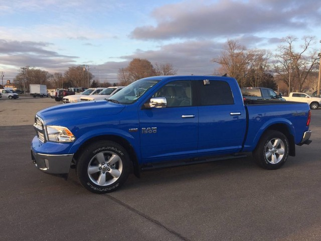 2018 Ram 1500 Crew Cab 4x4 Pickup #6306 - photo 3