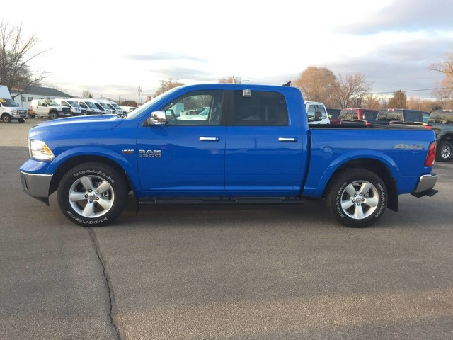 2018 Ram 1500 Crew Cab 4x4 Pickup #6306 - photo 4