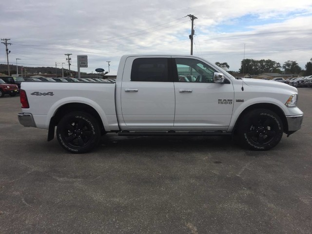 2018 Ram 1500 Crew Cab 4x4 Pickup #6520 - photo 8