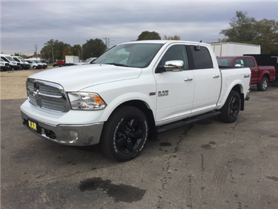 2018 Ram 1500 Crew Cab 4x4 Pickup #6520 - photo 5