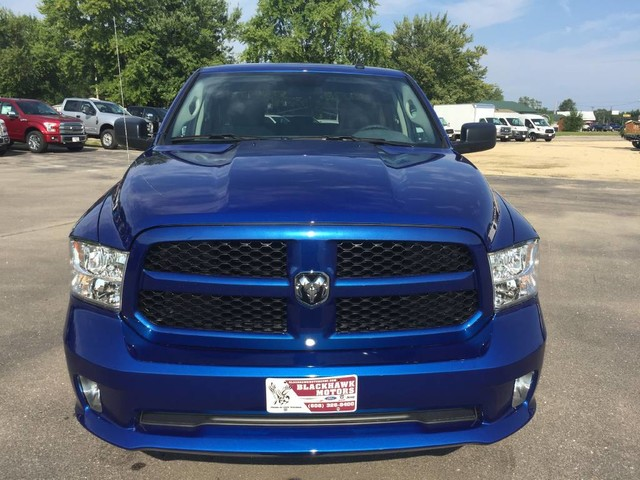 2017 Ram 1500 Crew Cab 4x4 Pickup #7708 - photo 6