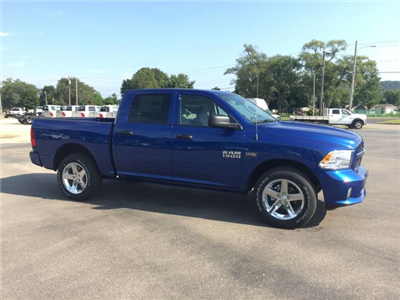 2017 Ram 1500 Crew Cab 4x4 Pickup #7708 - photo 8
