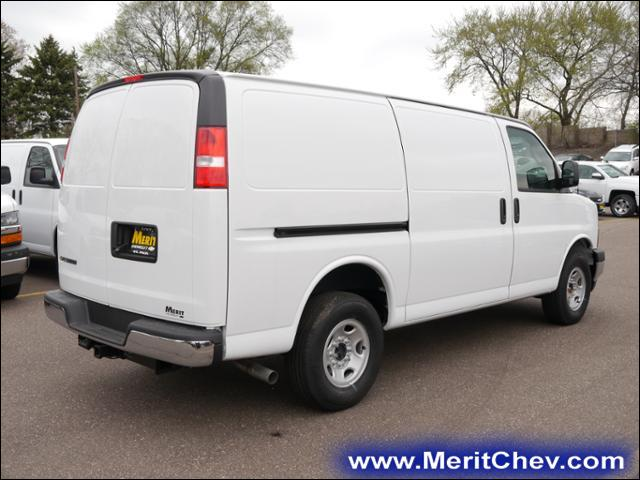 2017 Express 2500, Cargo Van #175114 - photo 3