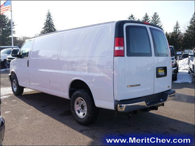 2017 Express 3500 Cargo Van #175214 - photo 3