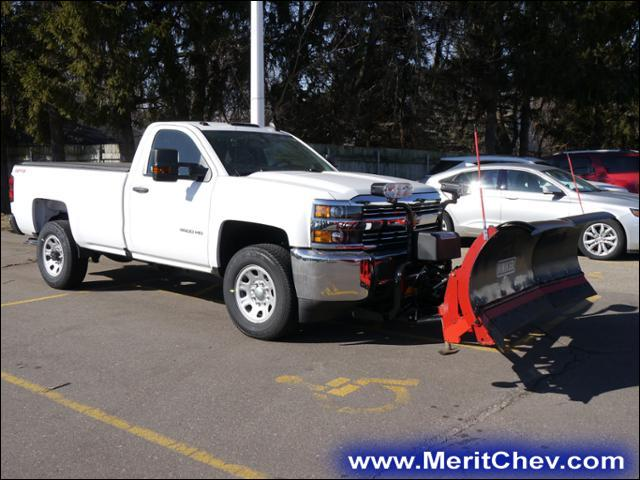 2017 Silverado 3500 Regular Cab 4x4 Pickup #175494 - photo 4