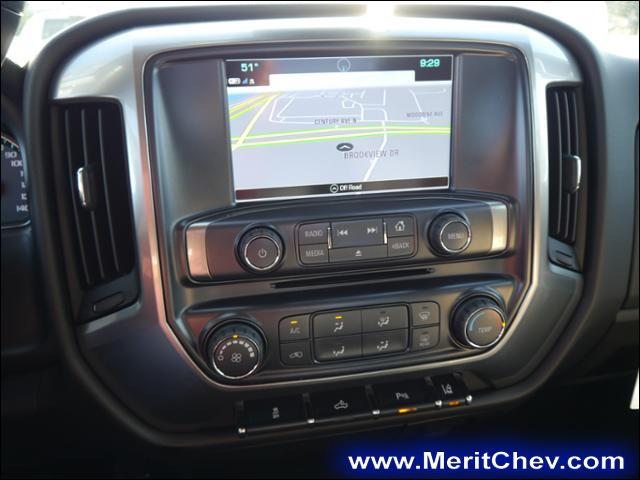 2017 Silverado 3500 Regular Cab 4x4 Pickup #175607 - photo 7