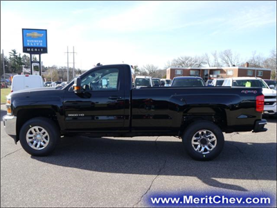2017 Silverado 3500 Regular Cab 4x4 Pickup #175607 - photo 3