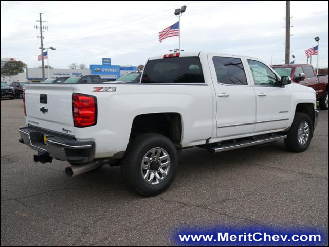 2018 Silverado 2500 Crew Cab 4x4 Pickup #185094 - photo 2