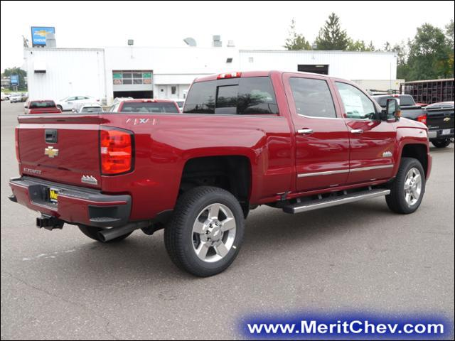 2018 Silverado 2500 Crew Cab 4x4 Pickup #185125 - photo 2