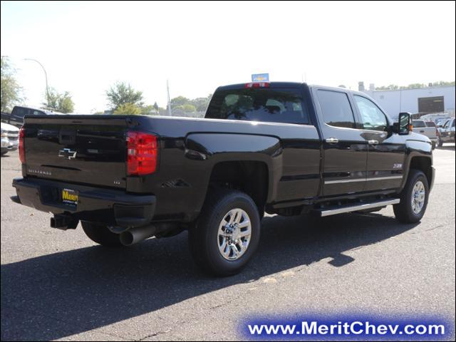 2018 Silverado 3500 Crew Cab 4x4, Pickup #185127 - photo 2