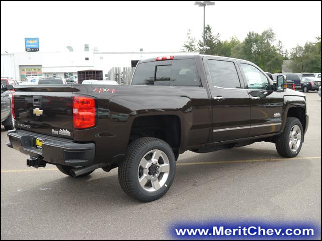 2018 Silverado 2500 Crew Cab 4x4 Pickup #185141 - photo 2