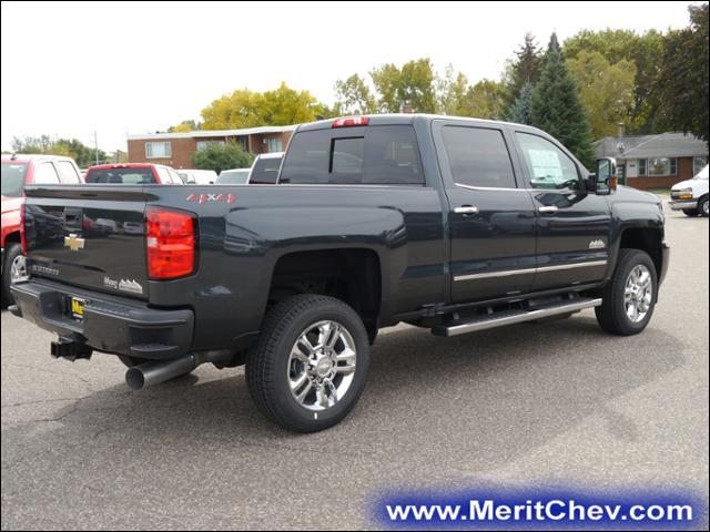 2018 Silverado 2500 Crew Cab 4x4 Pickup #185142 - photo 2