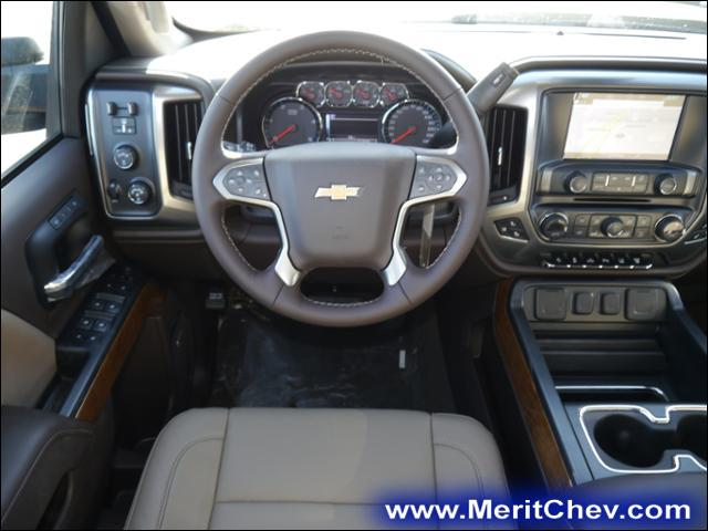 2018 Silverado 3500 Crew Cab 4x4, Pickup #185312 - photo 5