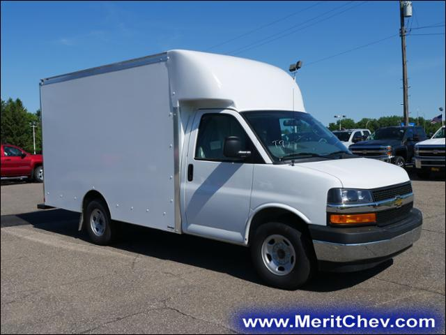 2018 Express 3500 4x2,  Supreme Cutaway Van #185583 - photo 4