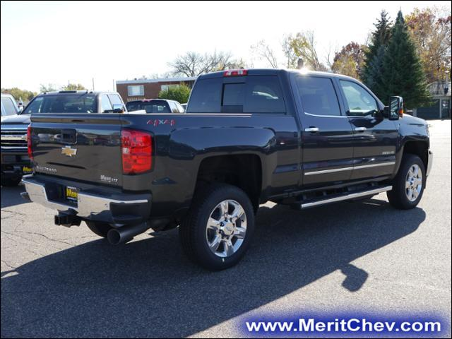 2018 Silverado 2500 Crew Cab 4x4 Pickup #186616 - photo 2