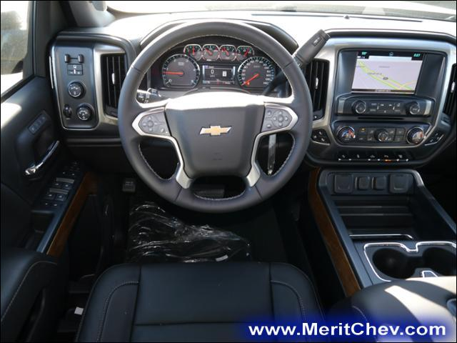 2018 Silverado 2500 Crew Cab 4x4 Pickup #186616 - photo 5