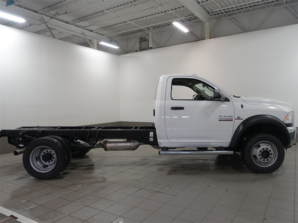 2017 Ram 5500 Regular Cab DRW 4x4, Cab Chassis #DOT70456 - photo 3