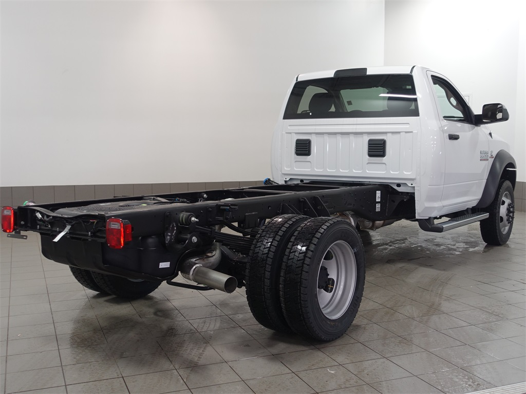 2017 Ram 5500 Regular Cab DRW 4x4, Cab Chassis #DOT70456 - photo 2