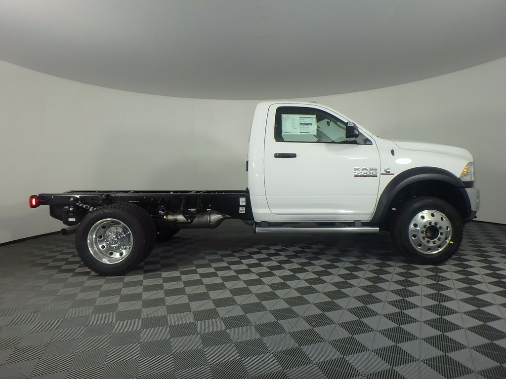 2018 Ram 5500 Regular Cab DRW 4x4, Cab Chassis #DOT80008 - photo 3