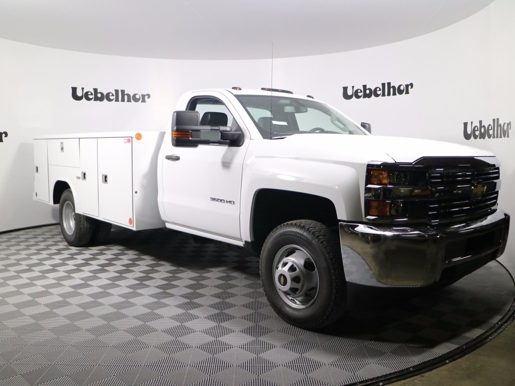 2017 Silverado 3500 Regular Cab DRW 4x4,  Reading Classic II Steel Service Body #CT8632 - photo 3