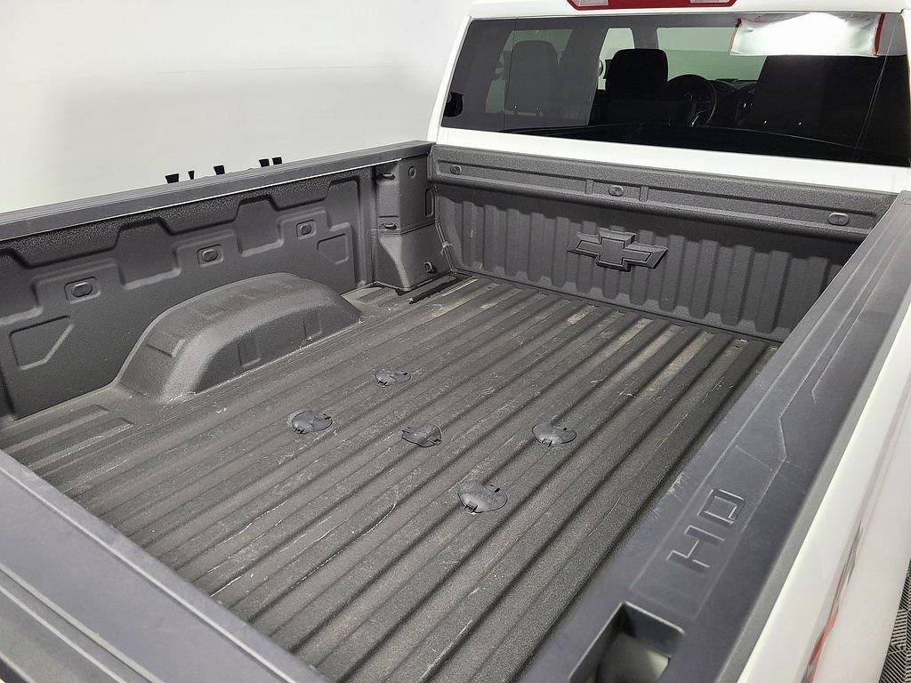 2021 Chevrolet Silverado 2500 Crew Cab 4x4, Pickup #F10150 - photo 5
