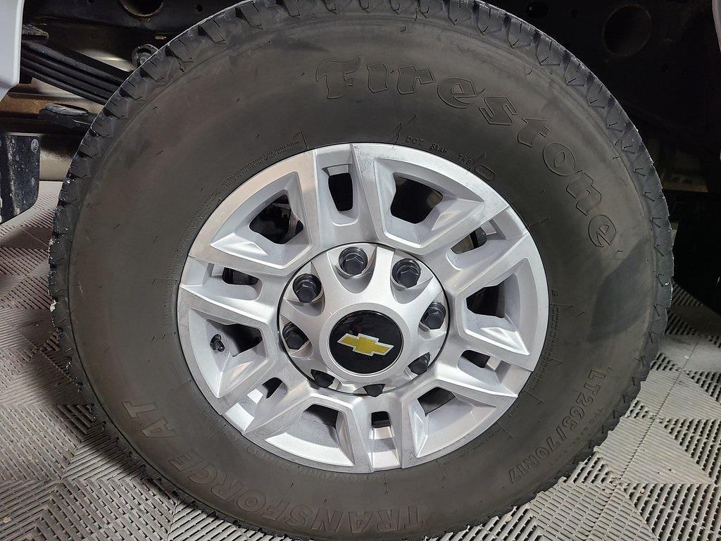 2021 Chevrolet Silverado 2500 Crew Cab 4x4, Pickup #F10150 - photo 6