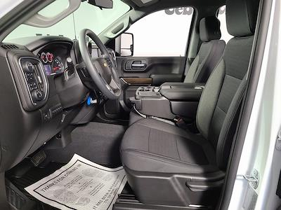 2021 Chevrolet Silverado 2500 Crew Cab 4x4, Pickup #F10150 - photo 10