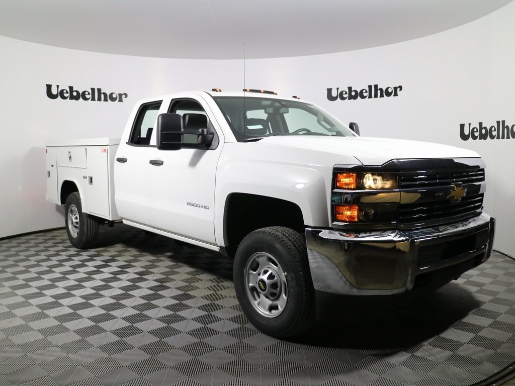 2018 Silverado 2500 Double Cab, Reading Spacemaker Service Body #T317 - photo 3