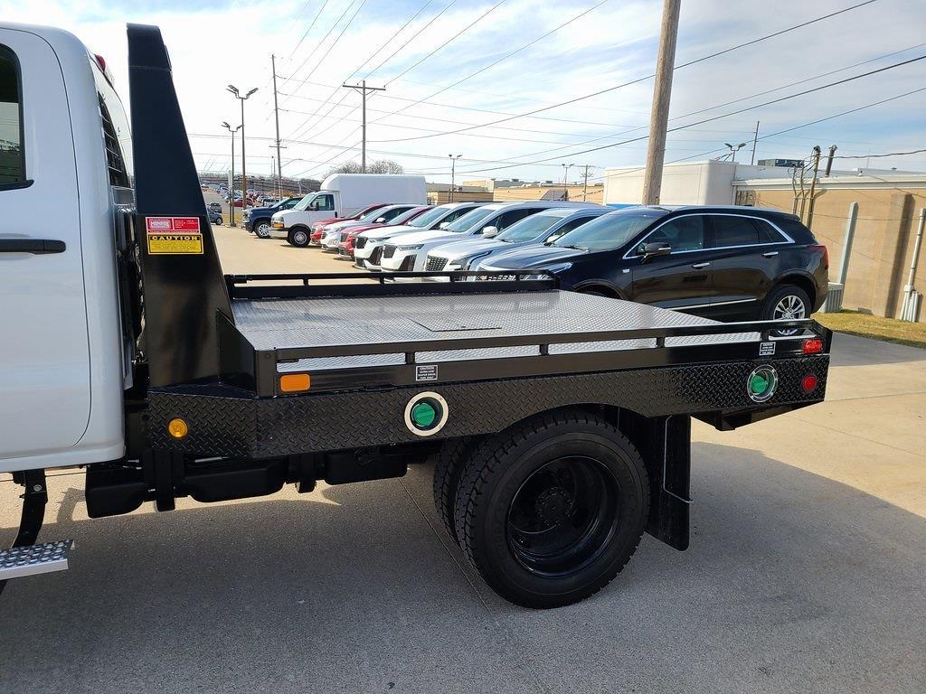 2020 Silverado 4500 Crew Cab DRW 4x2,  Hillsboro GII Steel Platform Body #ZT10028 - photo 5