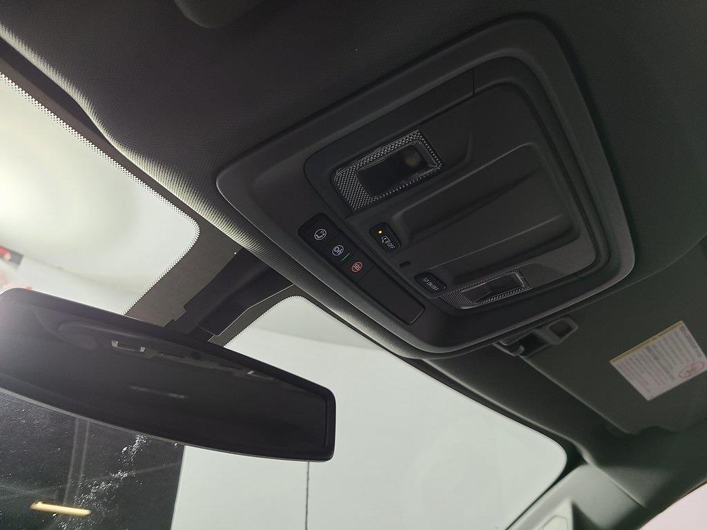 2021 Chevrolet Silverado 2500 Crew Cab 4x2, Reading SL Service Body #ZT10188 - photo 15