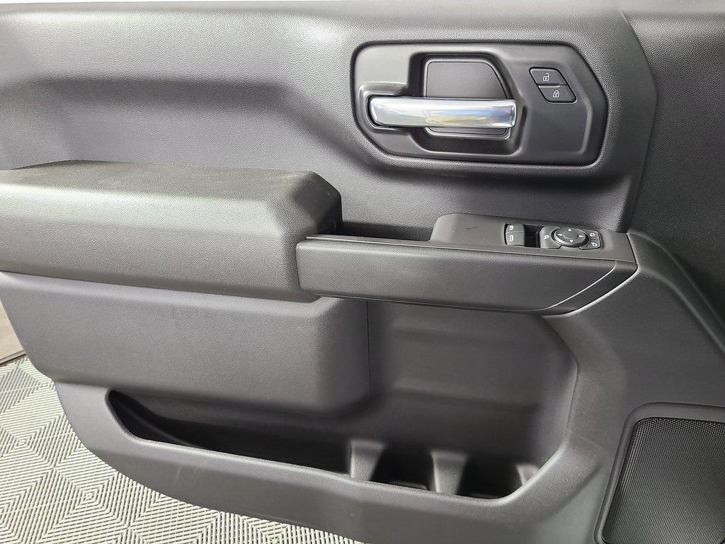 2021 Chevrolet Silverado 2500 Regular Cab 4x2, Reading Service Body #ZT11073 - photo 7