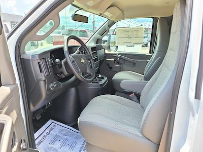 2021 Chevrolet Express 3500 4x2, Bay Bridge Cutaway Van #ZT11323 - photo 8