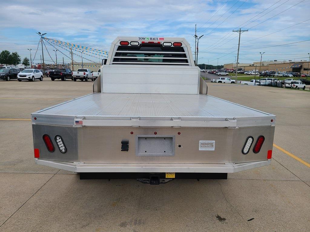 2021 Silverado 4500 Crew Cab DRW 4x4,  Monroe Truck Equipment Tow 'N Haul Gooseneck Platform Body #ZT11609 - photo 18