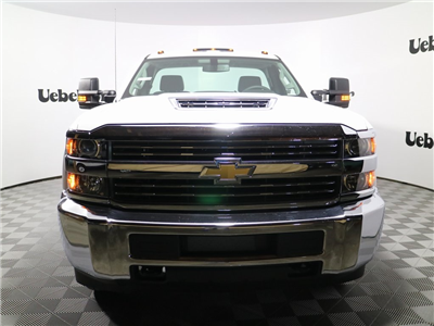 2018 Silverado 3500 Regular Cab DRW 4x4, Reading Classic II Steel Service Body #ZT146 - photo 4