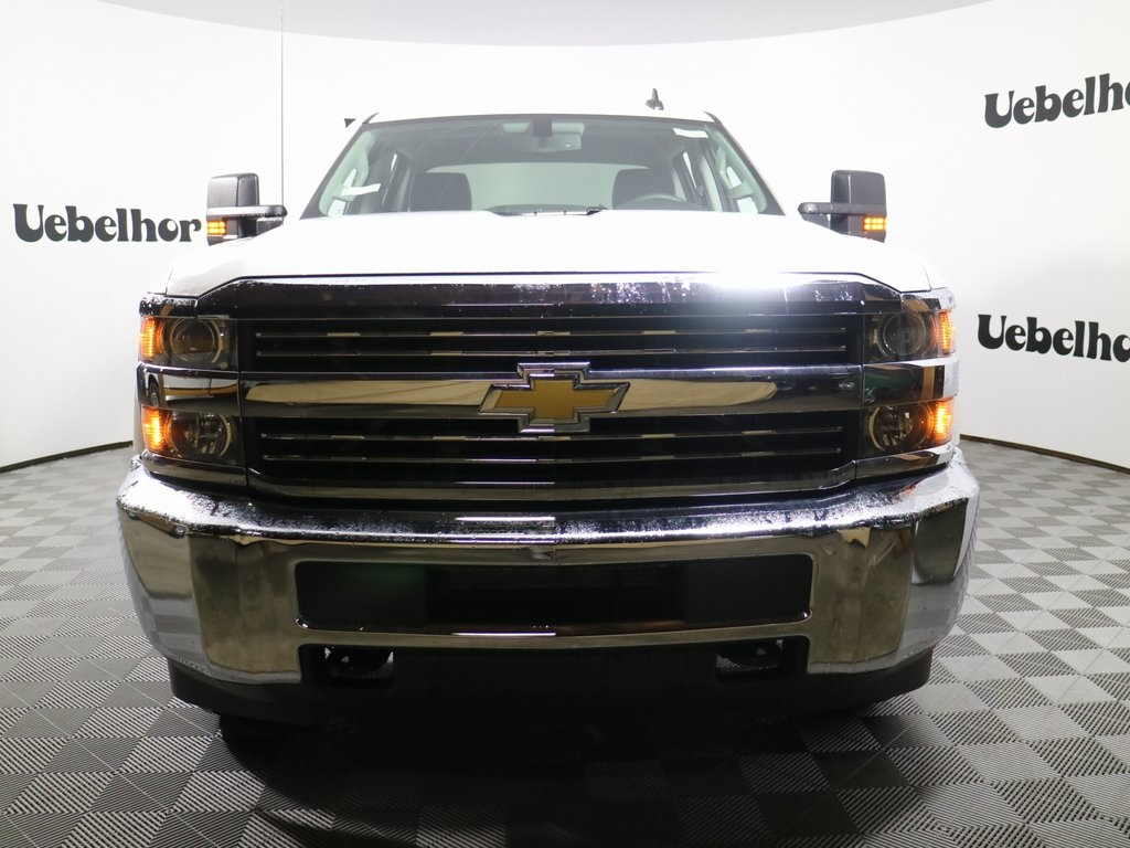2018 Silverado 2500 Crew Cab, Reading SL Service Body #ZT224 - photo 3