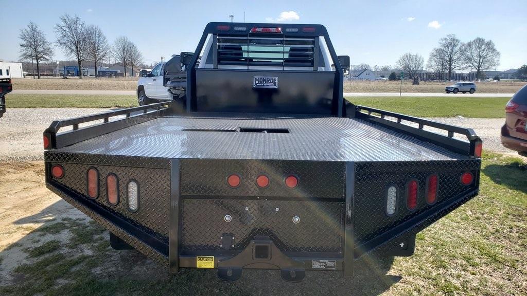2019 Silverado 5500 Regular Cab DRW 4x2, Hillsboro GII Steel Platform Body #ZT4242 - photo 2