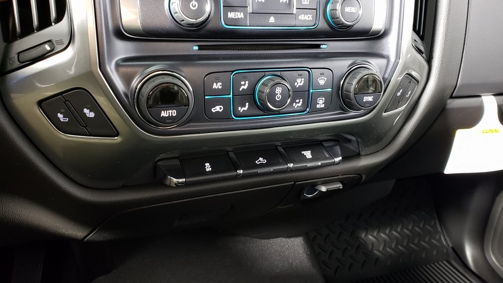 2019 Silverado 2500 Crew Cab 4x4, Pickup #ZT4291 - photo 12