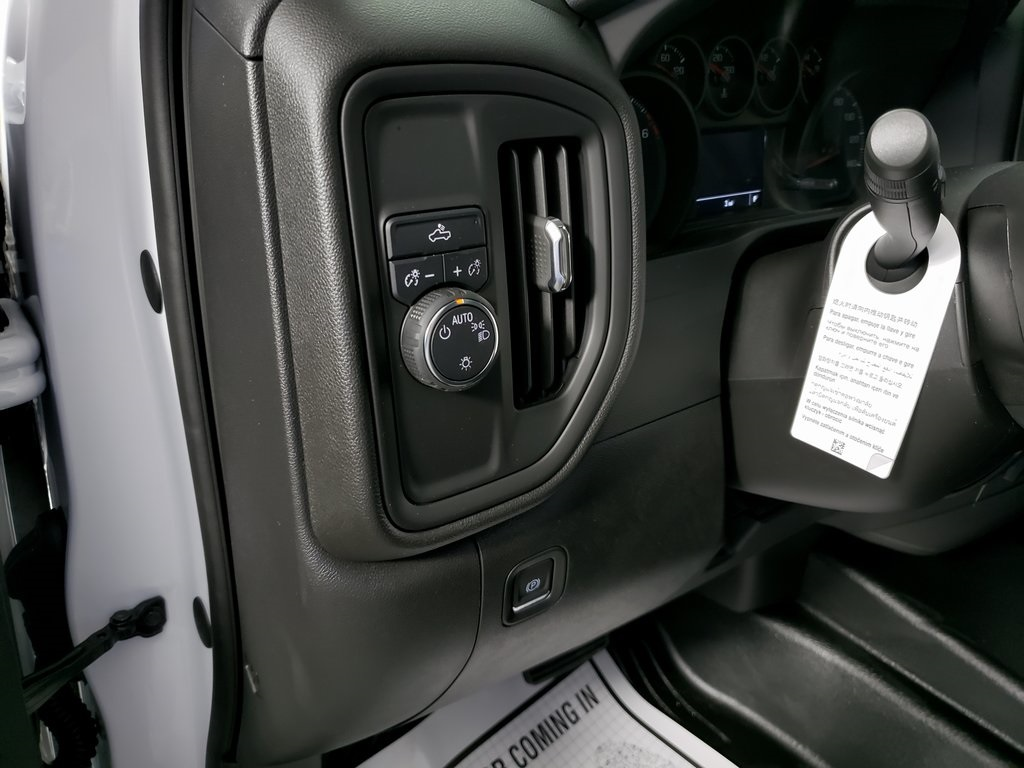 2019 Silverado 1500 Double Cab 4x2, Pickup #ZT5697 - photo 10