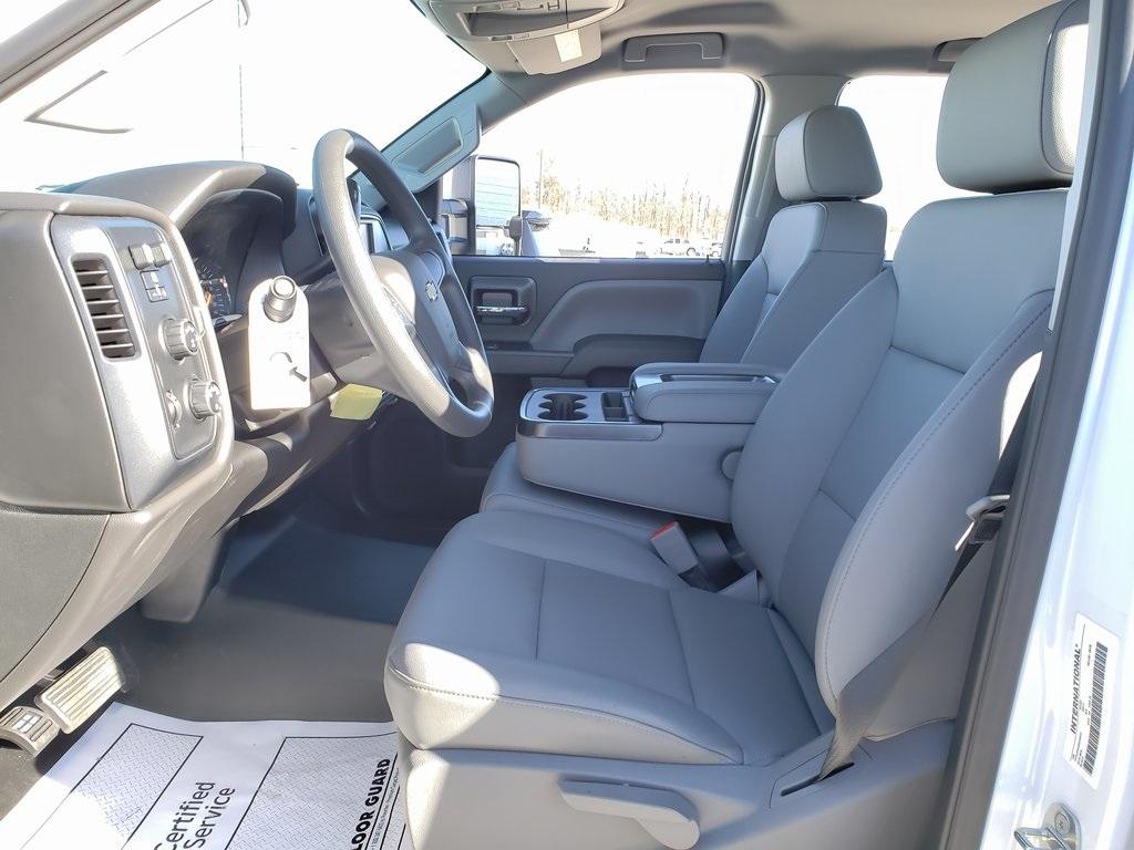 2019 Silverado 4500 Crew Cab DRW 4x4, Hillsboro GII Steel Platform Body #ZT6400 - photo 10