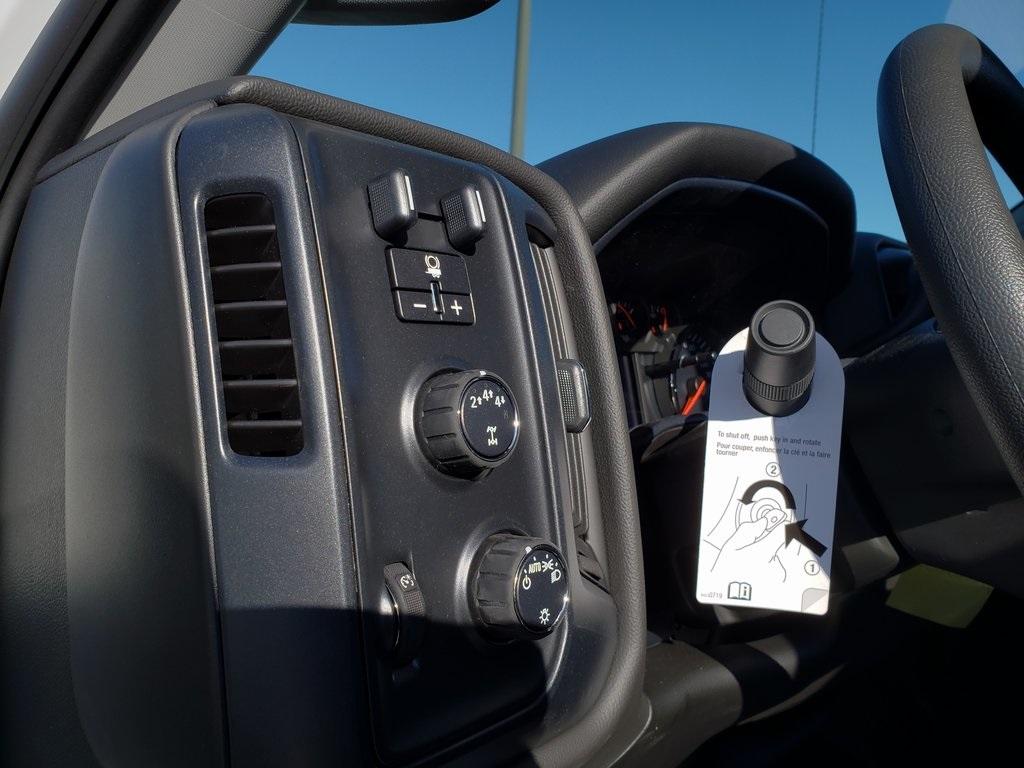 2019 Silverado 4500 Crew Cab DRW 4x4, Hillsboro GII Steel Platform Body #ZT6400 - photo 11
