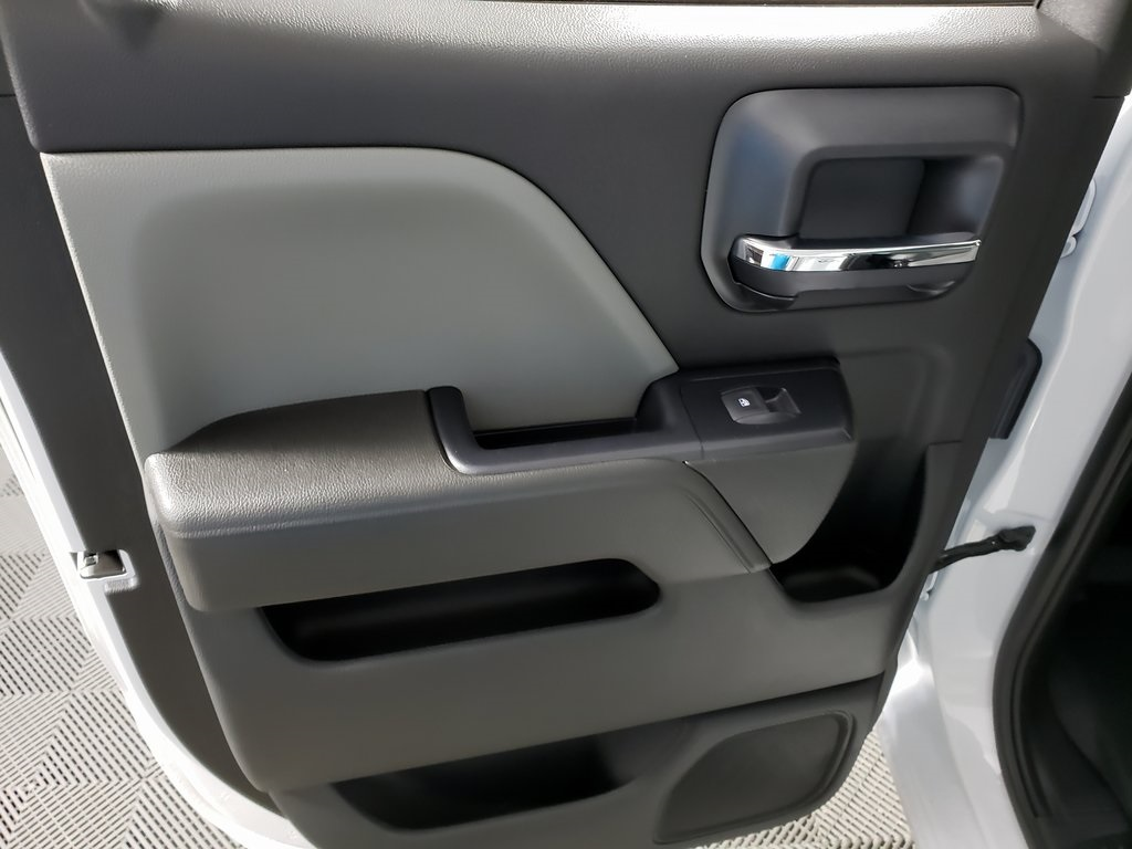 2019 Silverado 2500 Double Cab 4x4, Reading SL Service Body #ZT6452 - photo 6